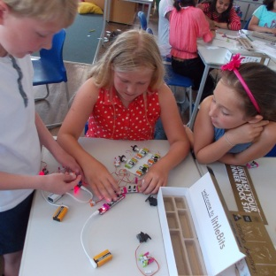 REDLANDS with Littlebits